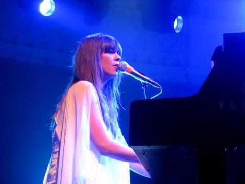 Laura Jansen - Trauma. Live @ Paradiso Amsterdam. April 13th 2011