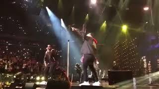 """Daddy Yankee, Nicky Jam y Romeo santos """"Bella y sensual"""" en vivo"""