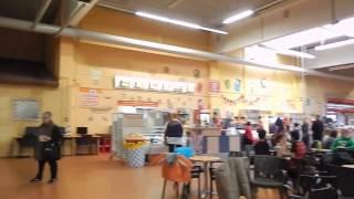 スイス初 バーゼル、国境に近い室内遊技場 【スイス情報.com】