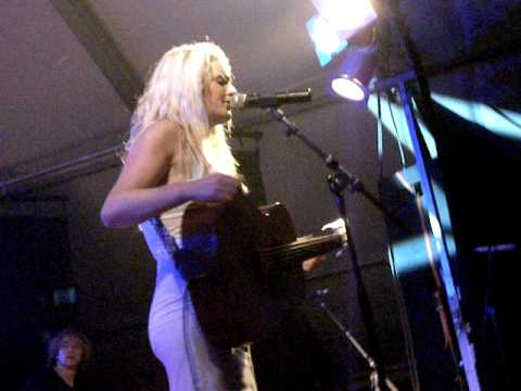 Miss Montreal - This Is My Life (Dijkerhoeksfeesten, Dijkerhoek) 26-06-2010