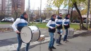 Невероятная игра на барабане