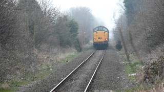 preview picture of video '*RARE* 37 604 Thrashes Out of Kirkby Station With Tones 13/03/14'