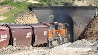 Tehachapi Loop BNSF Downhill Unit Train 01