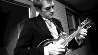 """Chris Thile """"Dead Leaves and The Dirty Ground"""" solo"""