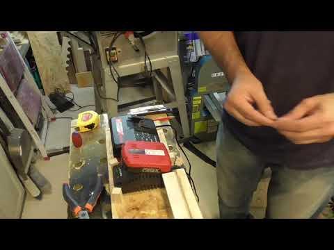 Stazione di ricarica per batterie trapani avvitatori