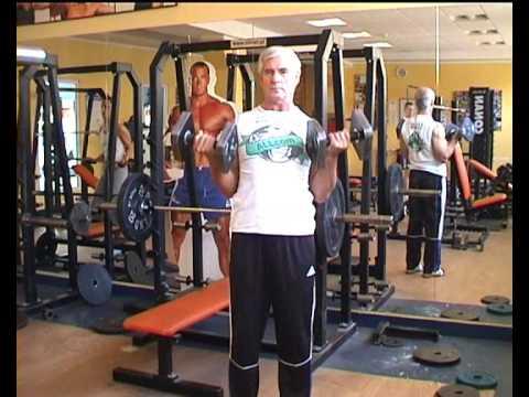 Zgięcie nóg siedząc pracujących mięśni