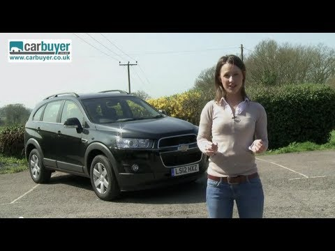 Chevrolet Captiva SUV review - CarBuyer