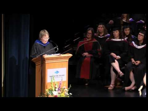 Dr. Dana Brynelsen receives Honorary Doctor of Laws from VIU