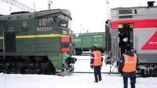 Сцепка тепловоза 2ТЭ10У-0177 с поездом №68 Москва-Абакан