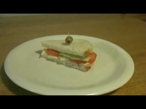 It's Lunchtime! Let's Make A Sandvich!