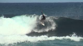 preview picture of video 'Surf Saint Leu Réunion'