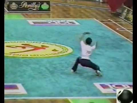 Wushu: 1993. Malaysia. Kuala-Lumpur. Zhamal Eskulov (Nanquan). [gunfuvideo],