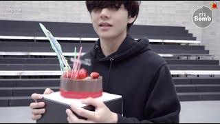 [BANGTAN BOMB] V's Surprise Birthday Party - BTS (방탄소년단)