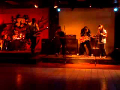 NEVER LAST EVER - BIARLAH HILANG LIVE@DISTRO CHANNEL