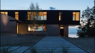 William Kaven Designs House On Lake Michigan For Bracing Weather