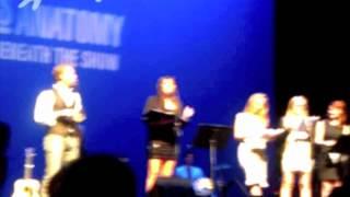 Sara Ramirez and Jessica Capshaw reading Grey's Musical Reviews