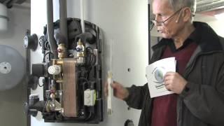 preview picture of video '07 Anlagentechnik: Vom Altbau zum Effizienzhaus - So rechnet sich eine Sanierung'