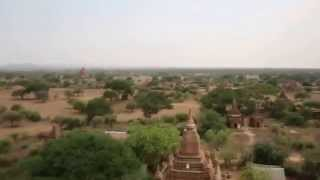 preview picture of video 'View over Bagan from Shwesandaw Pagoda'
