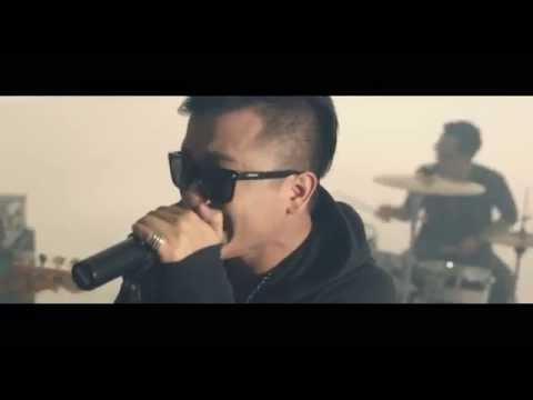 DRIVE - Senyum Dan Tangis (Official Music Video)
