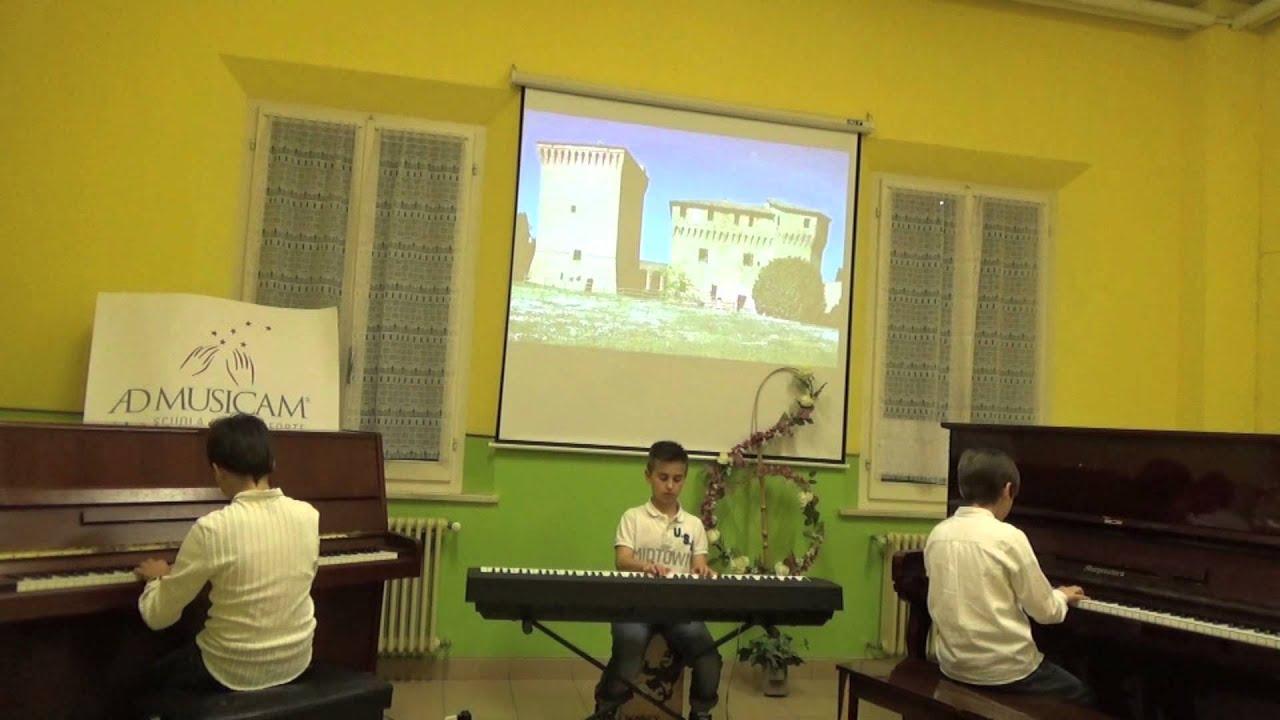 Greensleeves - Grupo de alumnos de Mi teclado 4 - Ad Musicam