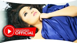 Gambar cover Siti Badriah - Selimut Malam (Official Music Video NAGASWARA) #music