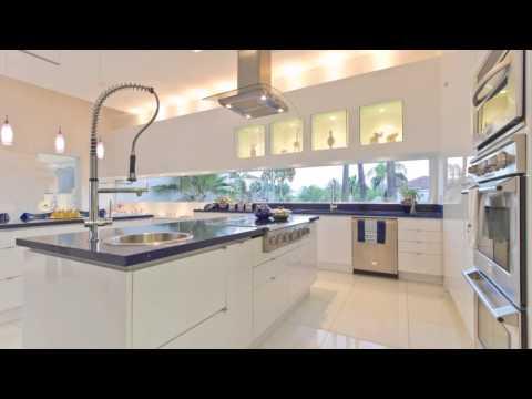 mp4 Rich Kitchen, download Rich Kitchen video klip Rich Kitchen