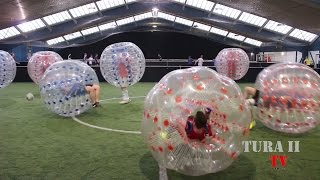 preview picture of video 'TuRa Freienohl beim Bubble Ball - Gelsenkirchen 21.12.2014'