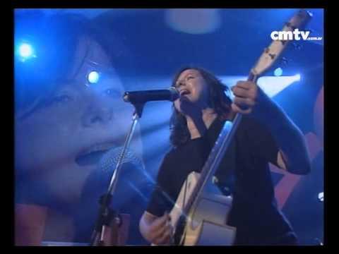 Celeste Carballo video Buscábamos vida - CM Vivo 2002
