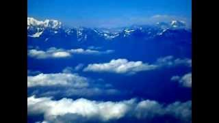preview picture of video 'Himalayas from aircraft'