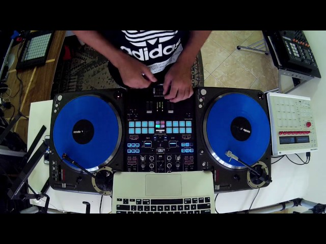 Pioneer DJM S9 - Combining Resources - By Fernando Midi