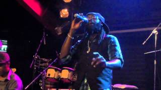 Tarrus Riley -Eye sight ( live in Florence )