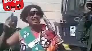 مجنون يتمنى ان يصبح رئيس في اليمن الله يستر المجانين حقنا غير