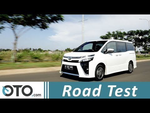 Toyota Voxy 2018 | Road Test | Layak Dibeli? | OTO.com