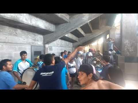 """""""Percusión De La Hinchada De Gimnasia De Jujuy"""" Barra: La Banda de la Flaca • Club: Gimnasia y Esgrima Jujuy"""