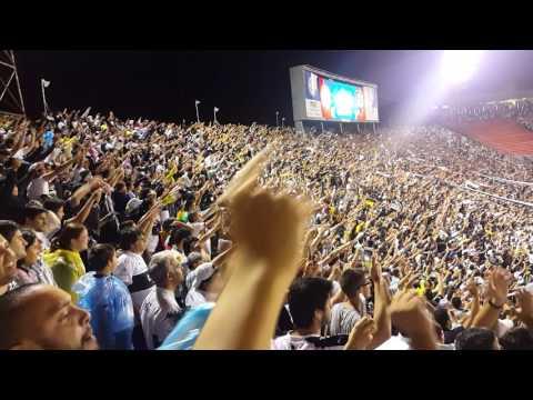 """""""Olimpia - Independiente del Valle - Copa Libertadores 2017. Minutos finales.."""" Barra: La Barra 79 • Club: Olimpia • País: Paraguay"""
