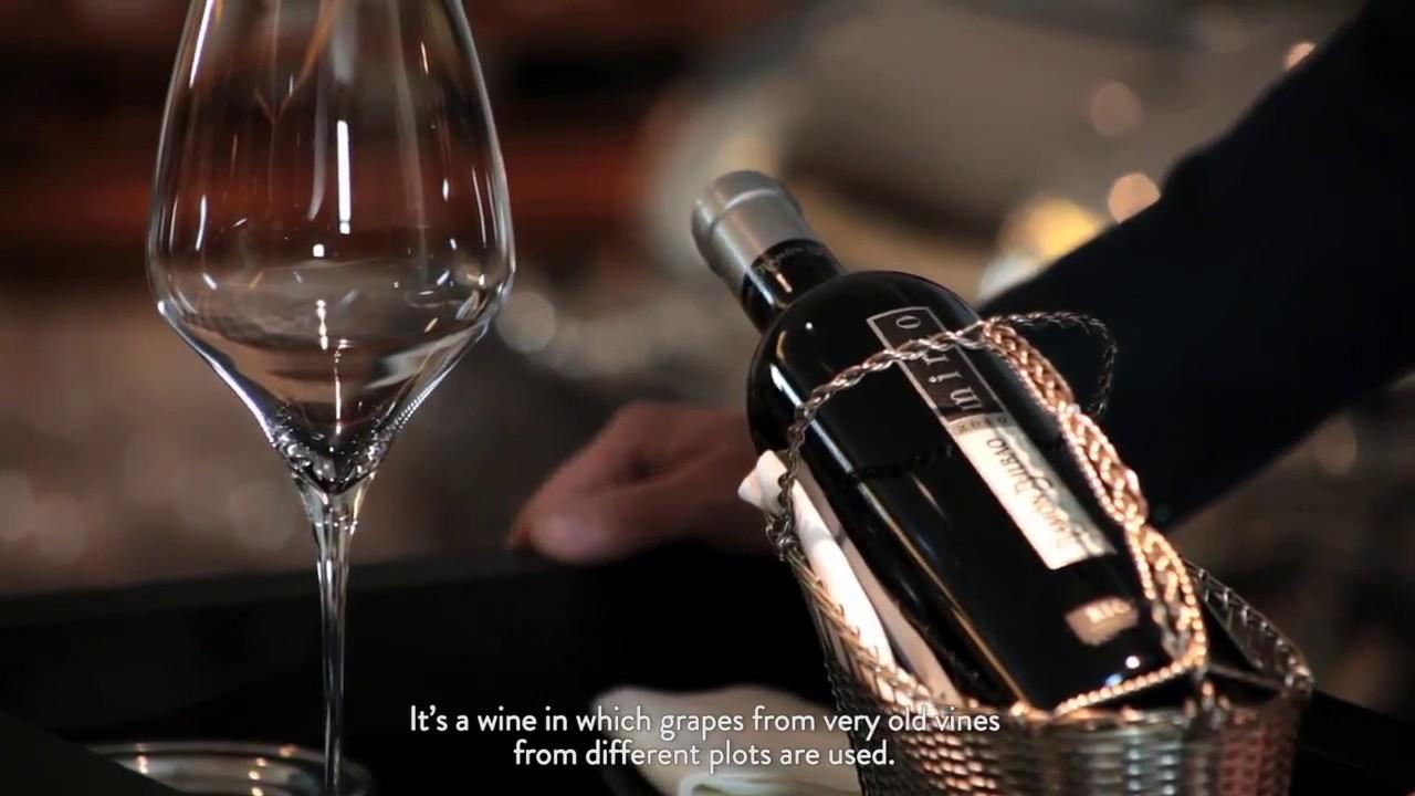 Hoe een fles Ramon Bilbao Mirto openen?