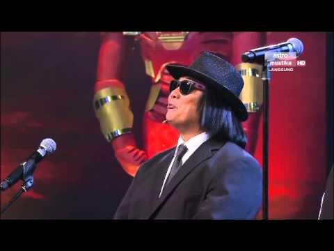 Maharaja Lawak Mega 2013 - Minggu 7 - Persembahan Comey