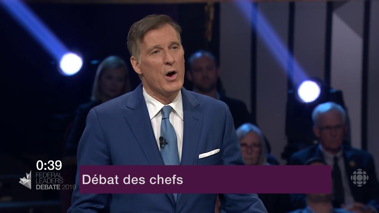Maxime Bernier répond à la question du modérateur sur la représentation du Canada à l'étranger