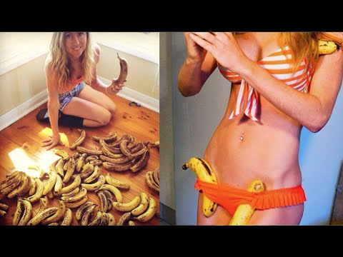 Video Why you should always Freeze Bananas with the SKIN ON | Raw Vegan Hack