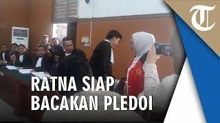 Ditemani Atiqah Hasiholan, Ratna Siap Bacakan Pledoi di PN Jakarta Selatan