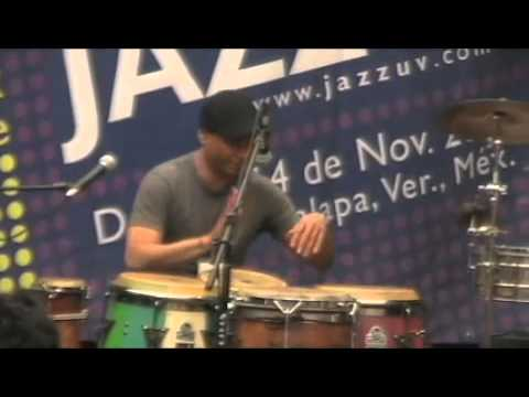 mauricio herrera, conga solo, festival jazzuv 2010.