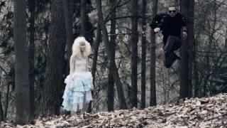 Ben Cristovao - Mimozemšťanka / Aliengirl
