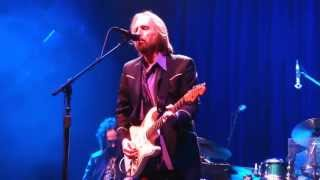 5  Here Comes My Girl TOM PETTY & THE HEARTBREAKERS Pittsburgh PA Consol 6-20-2013 CLUBDOC
