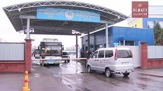 Водители автопарка в Алматы устроили акцию протеста (14.10.16)