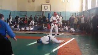 Нокаут с вертушки решил исход боя по каратэ. Соревнование в Самаре.