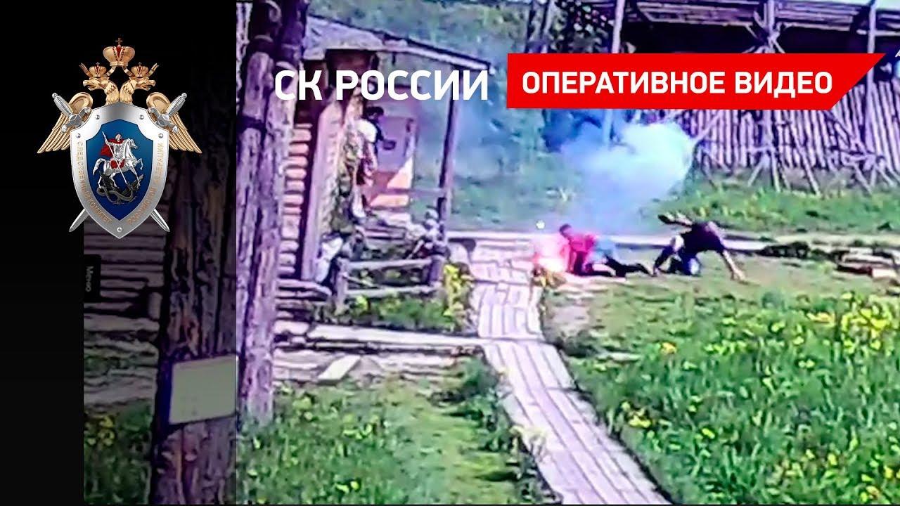 Дебошир отбивался от полицейских горящим фаером в Калужской области