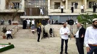 Video: Jak kreativně vyřešili Izraelci své svatby při hrozbě koronaviru?