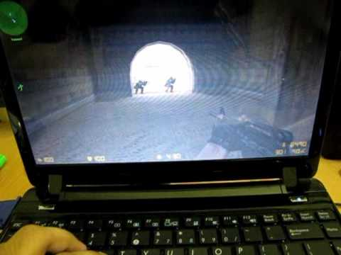 Counter Strike - on Asus Eee PC 1201T - ATi 3200 HD