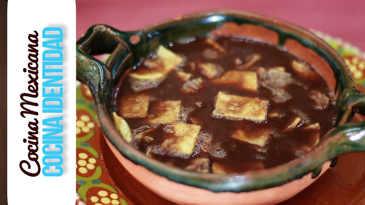 Cómo hacer Sopa de Tortilla con Caldillo de Frijol. Yuri de Gortari