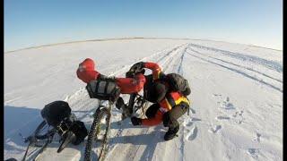 Два россиянина объехали озеро Балхаш на велосипедах